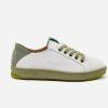 Sneaker blanca reciclada ecológica y vegana de perfil